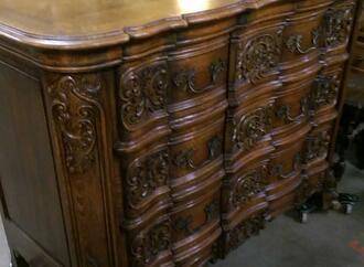 lots of furniture antiques warehouse inc